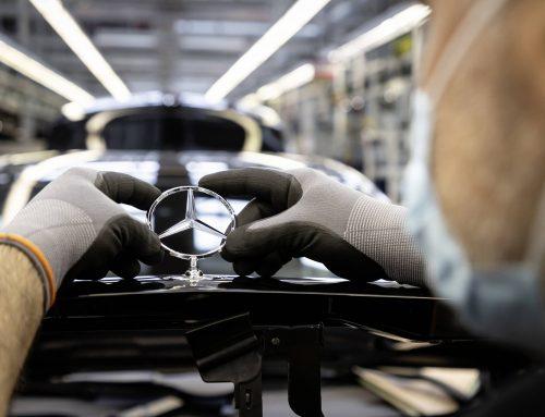 Mercedes Benz Restarts Manufacturing