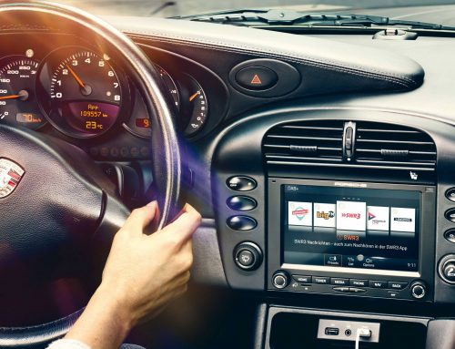 Apple CarPlay for Classic Porsches